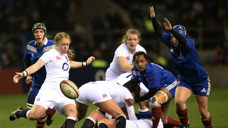 La Toya Mason: England scrum-half kicks clear against France