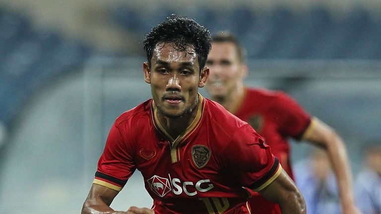 Teerasil Dangda: Lined up by Almeria