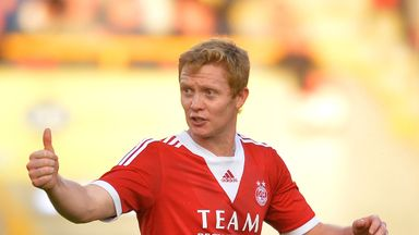 Barry Robson: Keen to sign a new deal to stay at Aberdeen