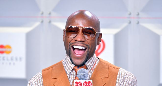 Mayweather has been 'smart' to use the Twitter community, says Glenn