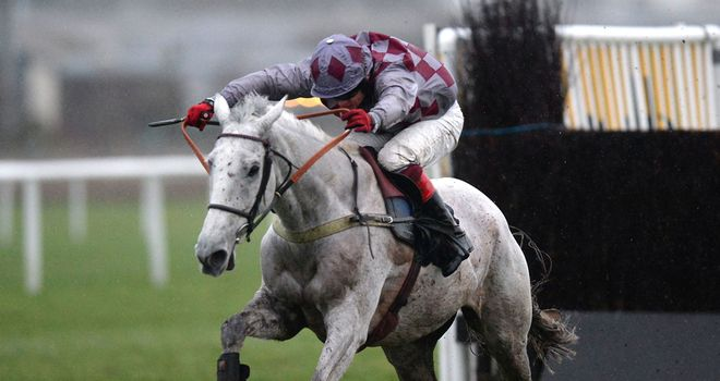 Smad Place: Stayed on best to claim Newbury win