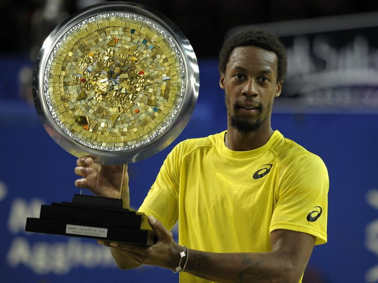 Monfils with his trophy