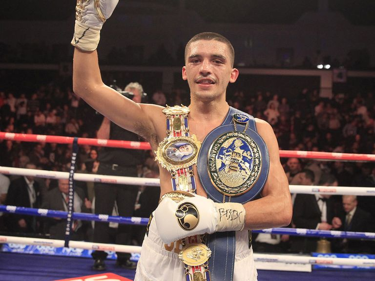 Lee Selby celebrates with his new European strap