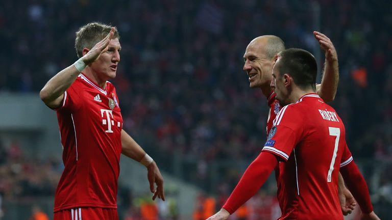Bastian Schweinsteiger (l): Scored Bayern's second