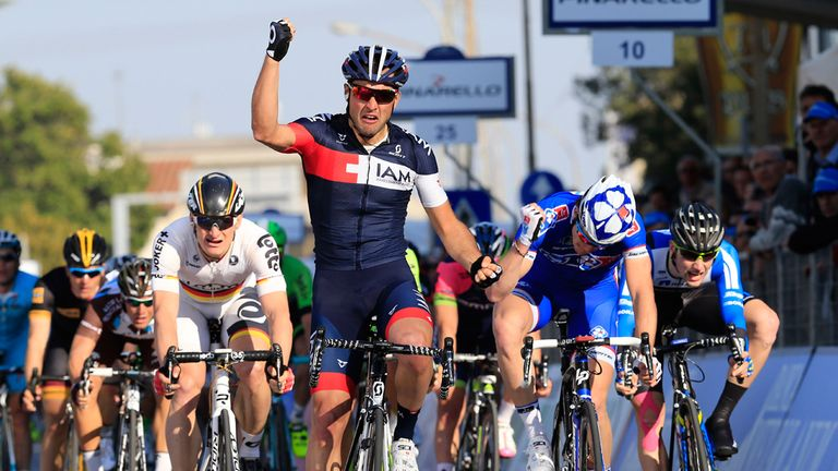 Matteo Pelucchi sprang a surprise by winning stage two