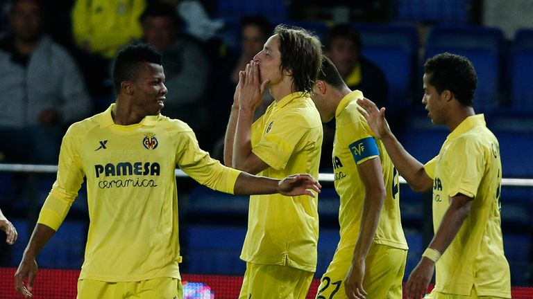 Catch Villarreal's home game with Elche on Monday evening