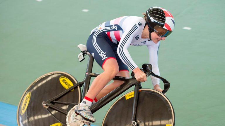 Laura Trott trails Sarah Hammer by seven points with two events remaining