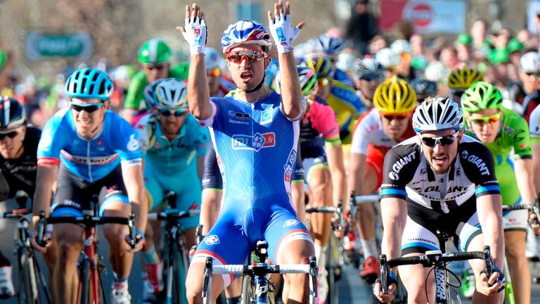 Nacer Bouhanni won despite being involved in an early crash