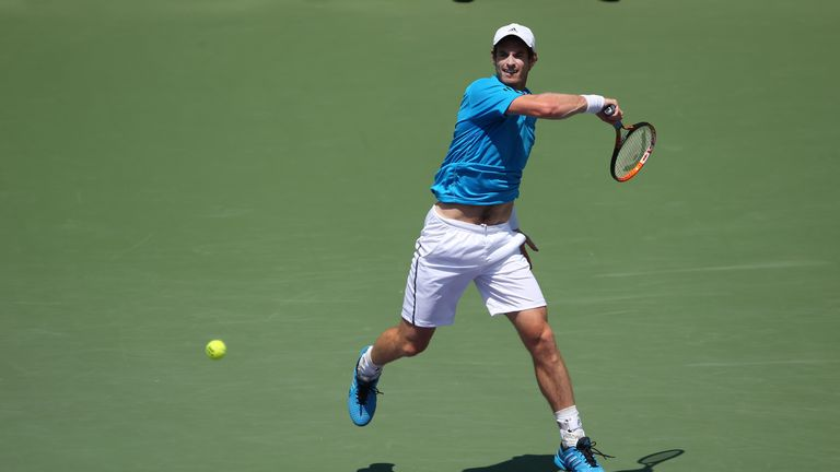 Andy Murray: Through to fourth round of the Sony Open Tennis in Miami