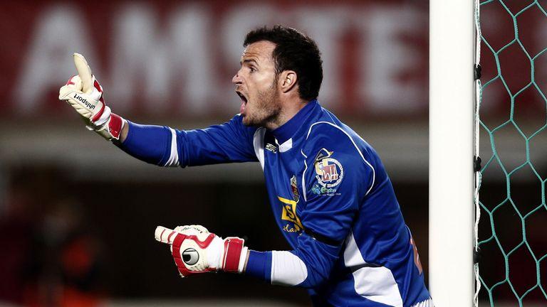Elche's goalkeeper Manu Herrera reacts during the 0-0 draw
