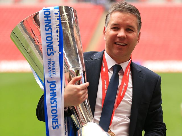 Darren Ferguson cradles the Johnstone's Pain Trophy