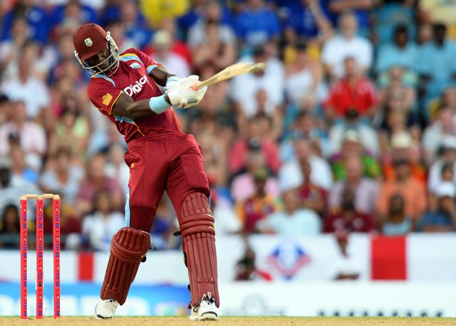 Darren Sammy cracked 30 off just nine balls