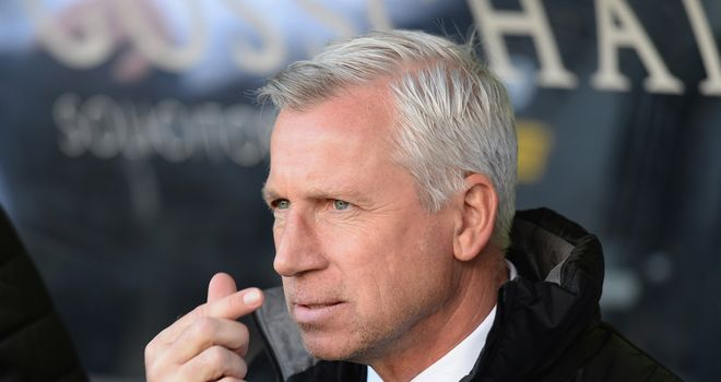 Alan Pardew: Newcastle boss needs to free up space in his squad