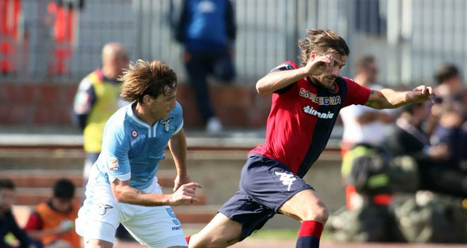 Daniele Dessena in action for Cagliari