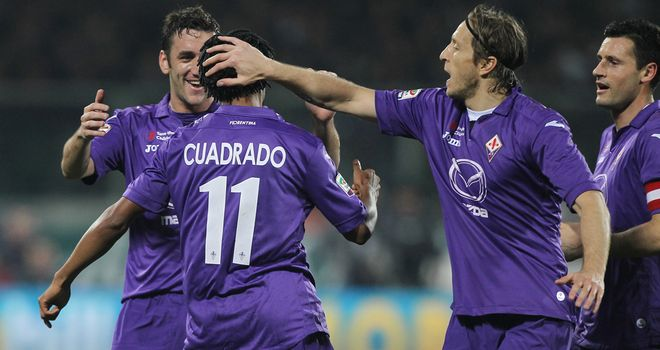Fiorentina enjoy celebrating with Cuadrado