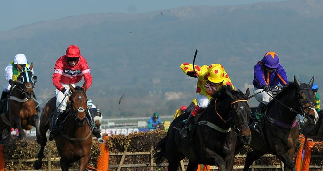 Lac Fontana: Paul Nicholls can finally celebrate a Festival winner