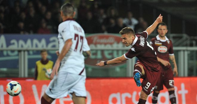 Ciro Immobile completes his hat-trick