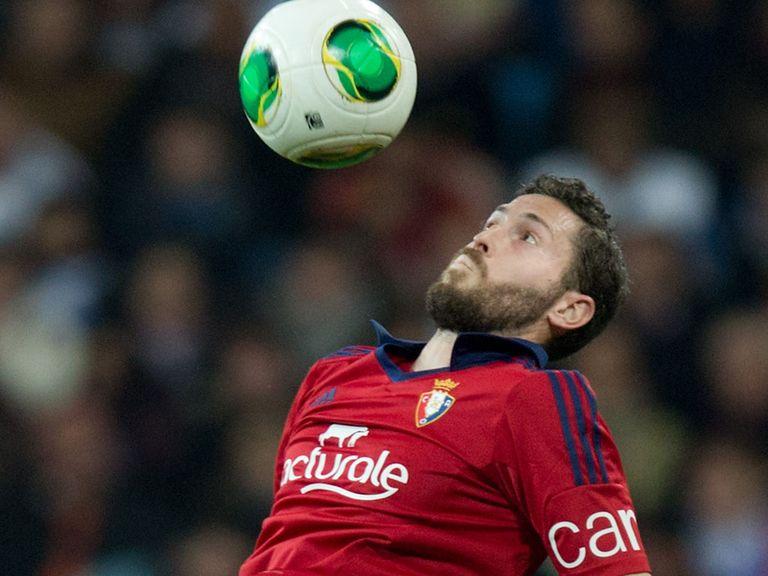 Alejandro Arribas: Joined Sevilla