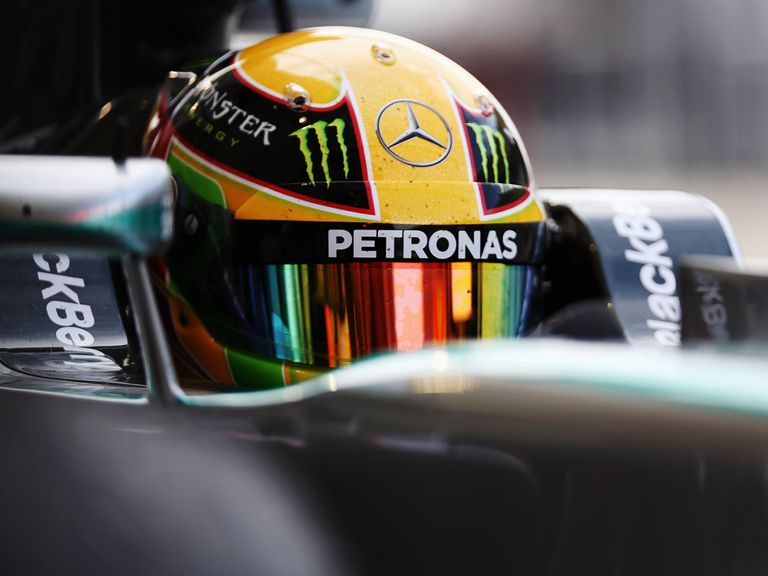 Lewis Hamilton and the Mercedes can end Red Bull's domination in 2014