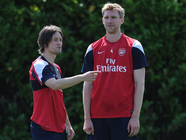 Per Mertesacker and Tomas Rosicky: Staying at Arsenal