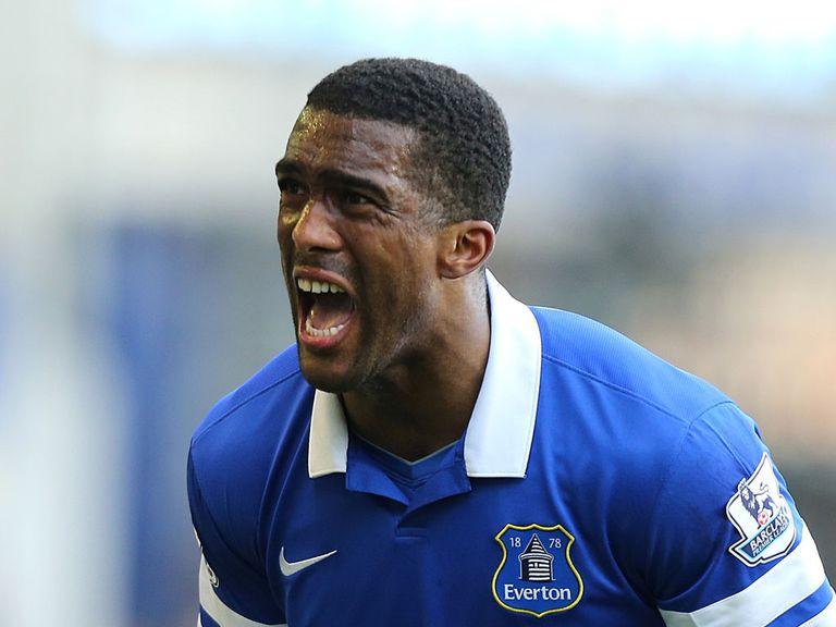 Sylvain Distin: Top four the target for Everton defender