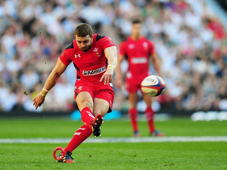 Leigh Halfpenny: Injury blow for Wales