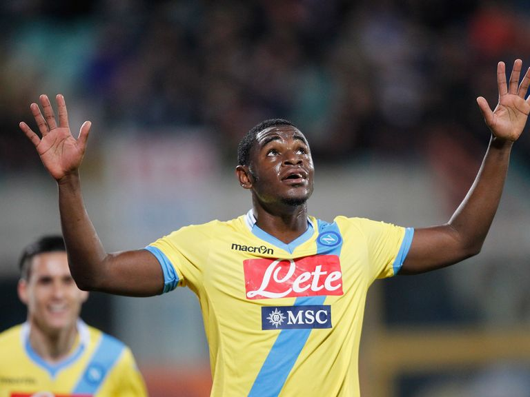 Duvan Zapata celebrates his team's opening goal during the Serie A match between Calcio Catania and SSC Napoli