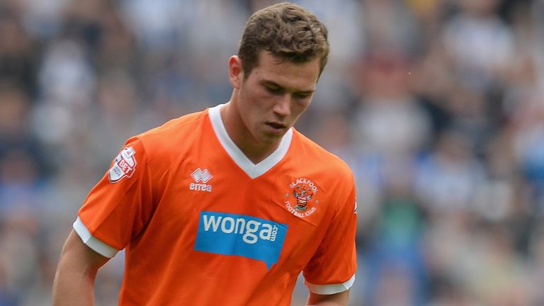 Harrison McGahey: Sheffield United have signed defender from Blackpool