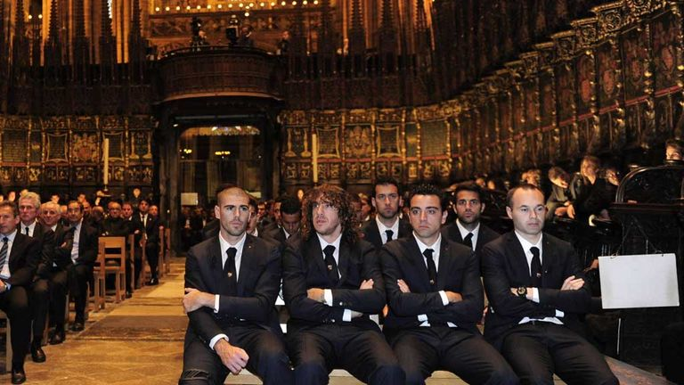 Barcelona players says goodbye to Tito Vilanova