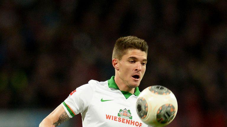 Aleksandar Ignjovski: Werder Bremen midfielder to join Eintracht Frankfurt