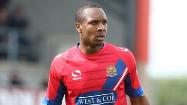 Gavin Hoyte: Extended his deal