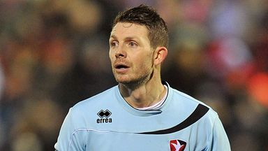Jamie Cureton: Off to Victoria Road