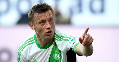 Olic signs Wolfsburg deal