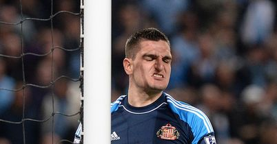 Poyet backs keeper Mannone