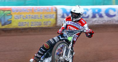 Swindon edge Poole in thriller