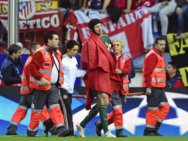 Petr Cech exits Chelsea's clash with Atletico Madrid