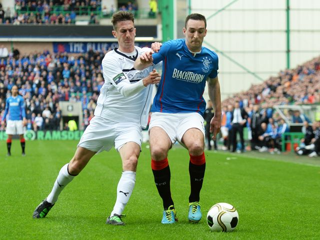 Grant Anderson closes down Lee Wallace