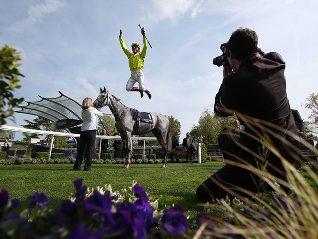 Tac De Boistron: Andrea Atzeni replaces Frankie Dettori on Friday