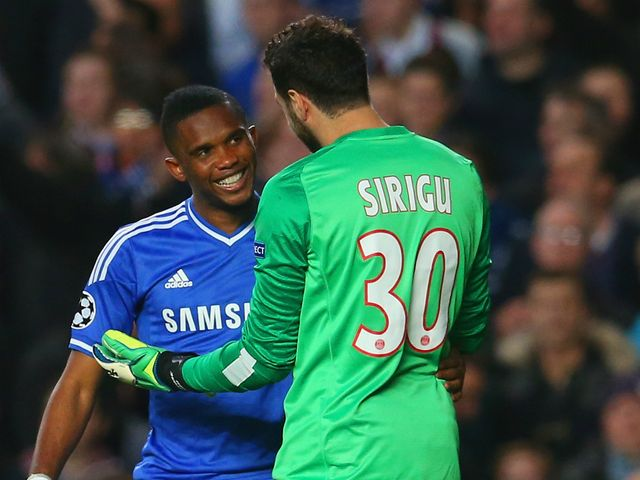 Samuel Eto'o and Salvatore Sirigu exchanged words