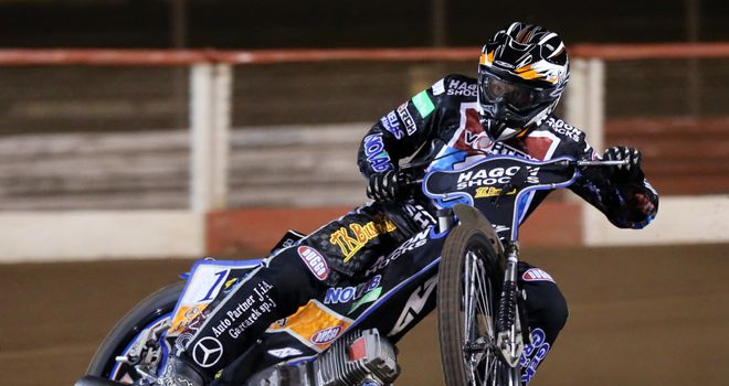 Peter Karlsson: Back at Wolverhampton
