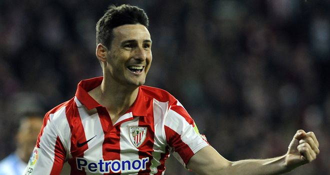 Aritz Aduriz is all smiles
