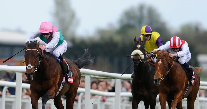 Kingman runs out a hugely impressive winner of the Greenham