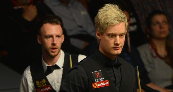 Neil Robertson (R) rallied impressively to beat Judd Trump (L)