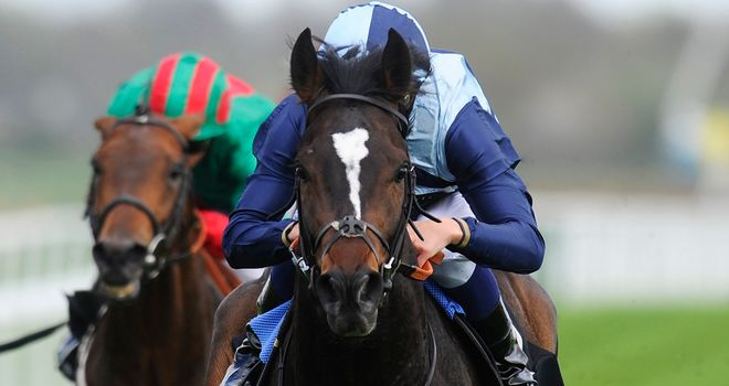 Western Hymn bounced back to form with an impressive win in France.