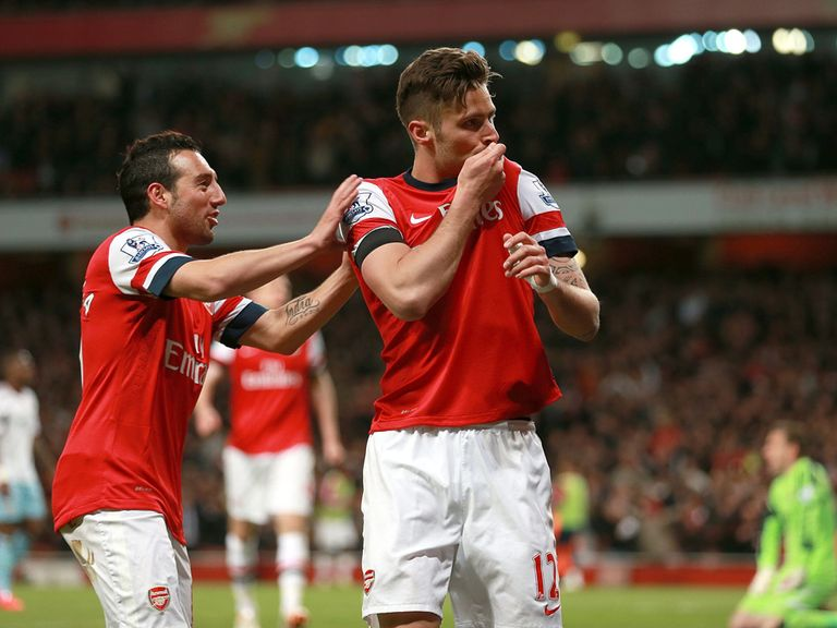 Arsenal enjoy the 3-1 victory over West Ham