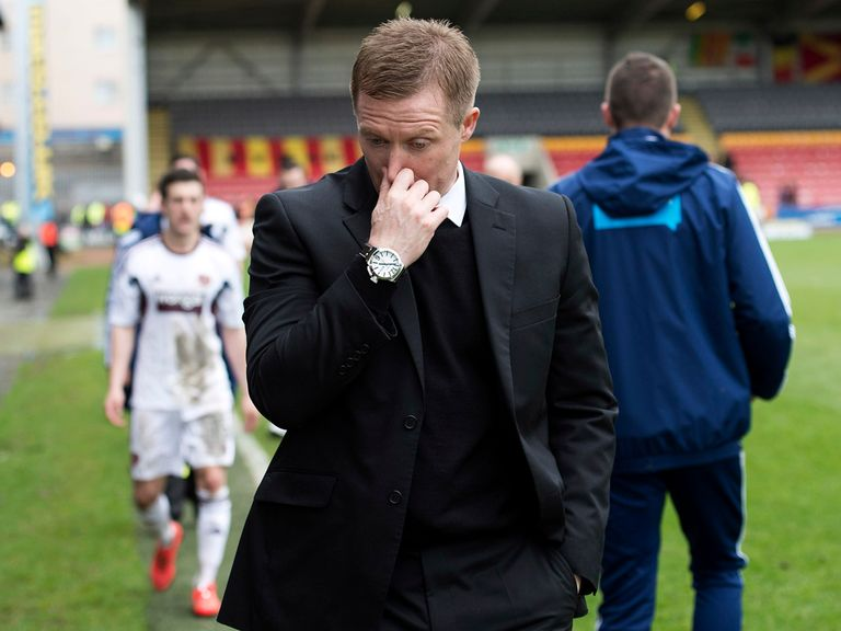 Hearts manager Gary Locke shows his disappointment
