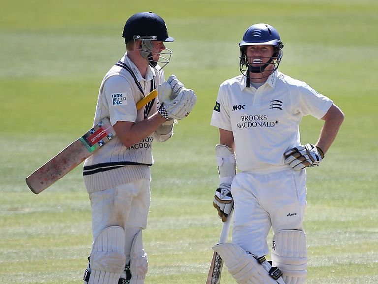 Robson and Rogers guided Middlesex to victory