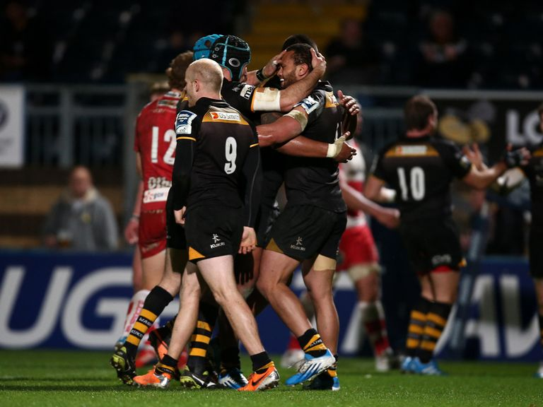 Wasps celebrate against Gloucester