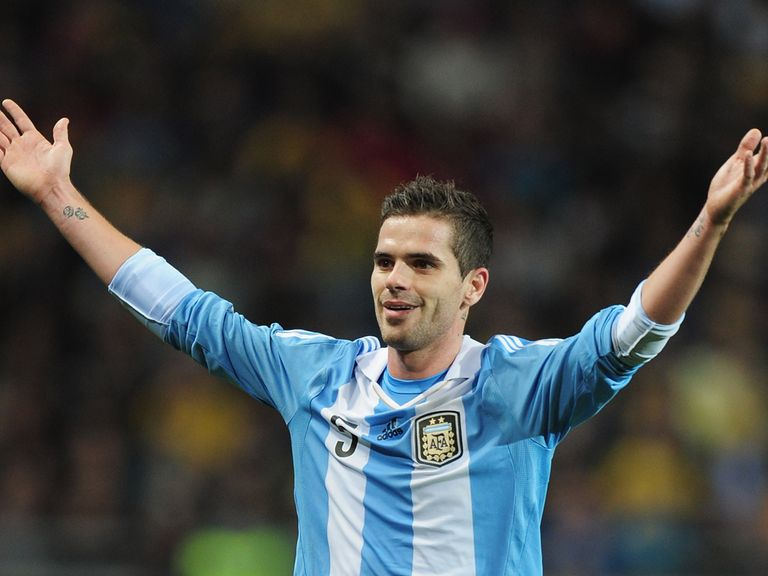 Gago: Knee injury leaves him doubtful for the World Cup