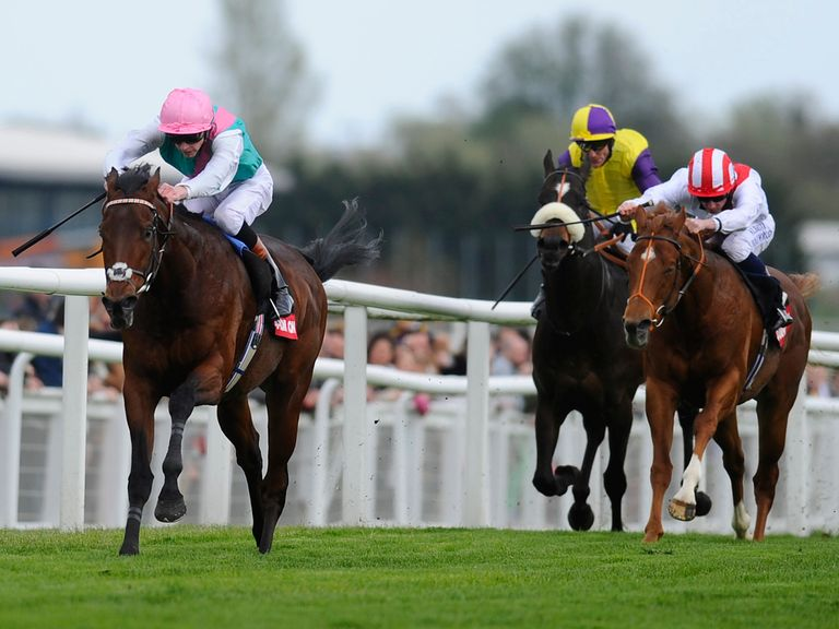 Kingman goes clear to score at Newbury